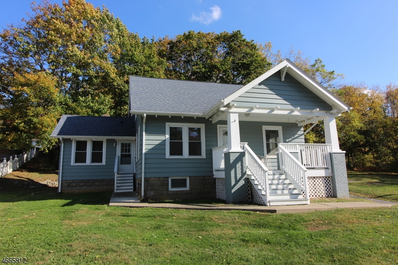 Single Family Home for Rent at 219 State Route 31 S Washington, 07882 United States