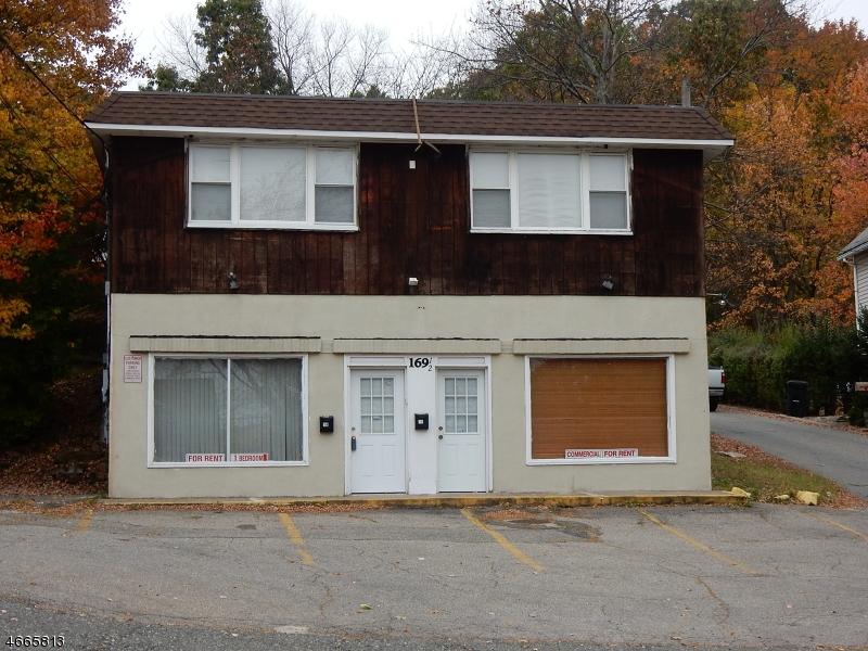 Casa Unifamiliar por un Alquiler en 169 12 Route 46 Mine Hill, Nueva Jersey 07803 Estados Unidos