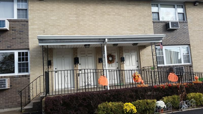 Частный односемейный дом для того Аренда на 9 Ashley Place Hawthorne, 07506 Соединенные Штаты