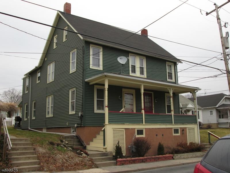 Частный односемейный дом для того Продажа на 321 E Walnut Street Nazareth, Пенсильвания 18064 Соединенные Штаты
