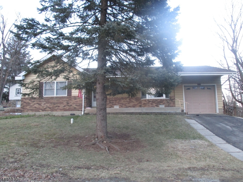 Частный односемейный дом для того Аренда на 202 Canadawa Road Vernon, Нью-Джерси 07422 Соединенные Штаты