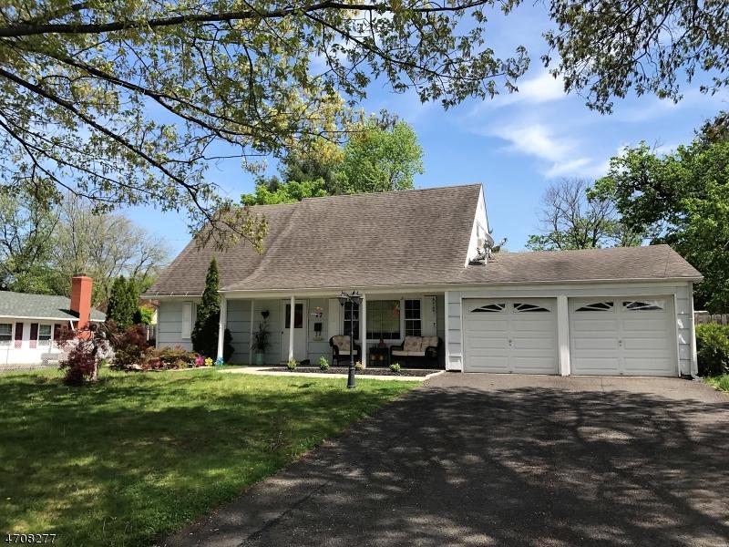 Maison unifamiliale pour l à louer à 17 Cypress Road Franklin, New Jersey 08873 États-Unis
