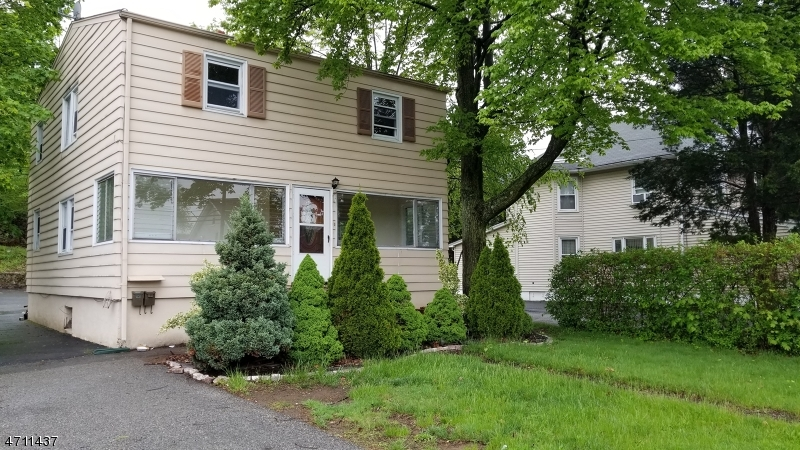 Single Family Home for Rent at 1007 Ringwood Avenue Wanaque, New Jersey 07420 United States