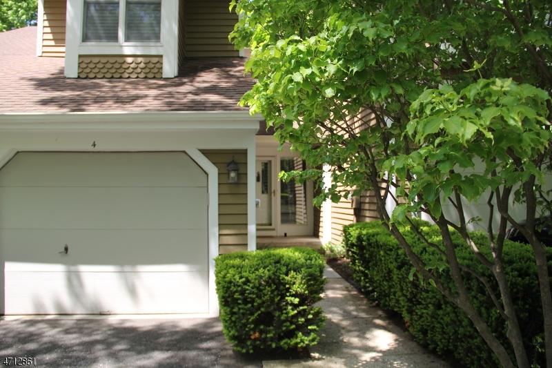 Maison unifamiliale pour l à louer à 4 Calgery Lane Bedminster, New Jersey 07921 États-Unis