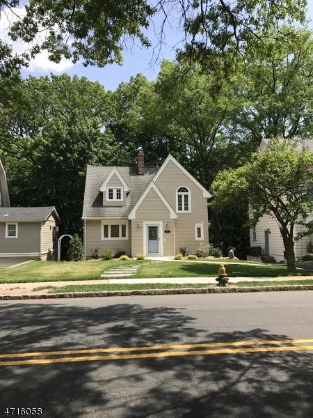 Casa Unifamiliar por un Alquiler en Address Not Available South Orange, Nueva Jersey 07079 Estados Unidos