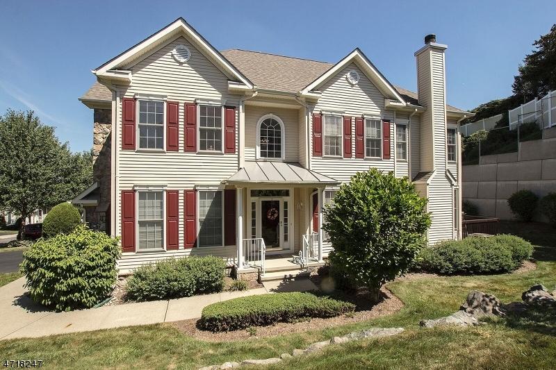 Частный односемейный дом для того Продажа на 11 Rolling Views Drive Woodland Park, 07424 Соединенные Штаты