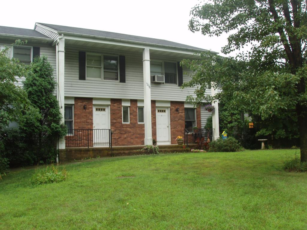 Single Family Home for Rent at 1236 Sussex Tpke Randolph, New Jersey 07869 United States