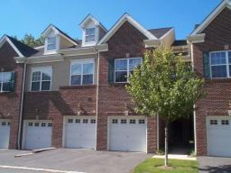 Частный односемейный дом для того Аренда на 72 Taft Lane Morristown, Нью-Джерси 07960 Соединенные Штаты