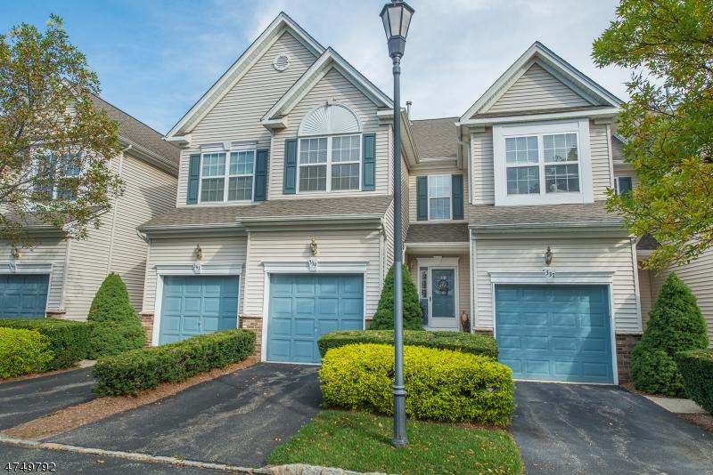 Maison unifamiliale pour l à louer à 339 Cambridge Drive Butler, New Jersey 07405 États-Unis