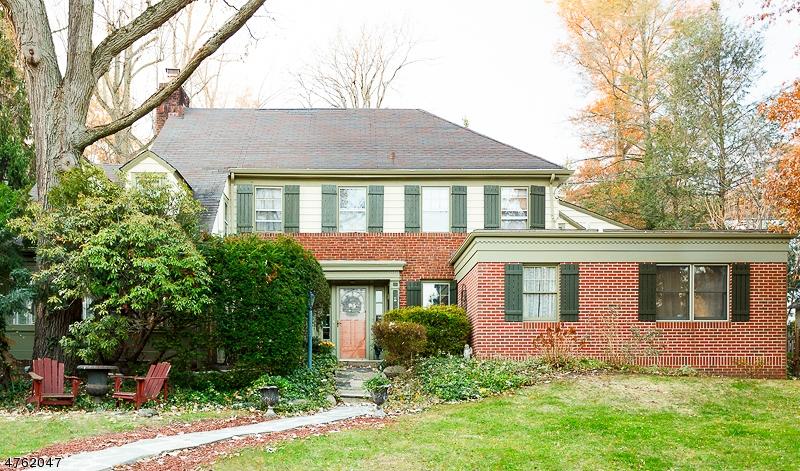 Casa Unifamiliar por un Venta en 50 Claremont Drive Maplewood, Nueva Jersey 07040 Estados Unidos