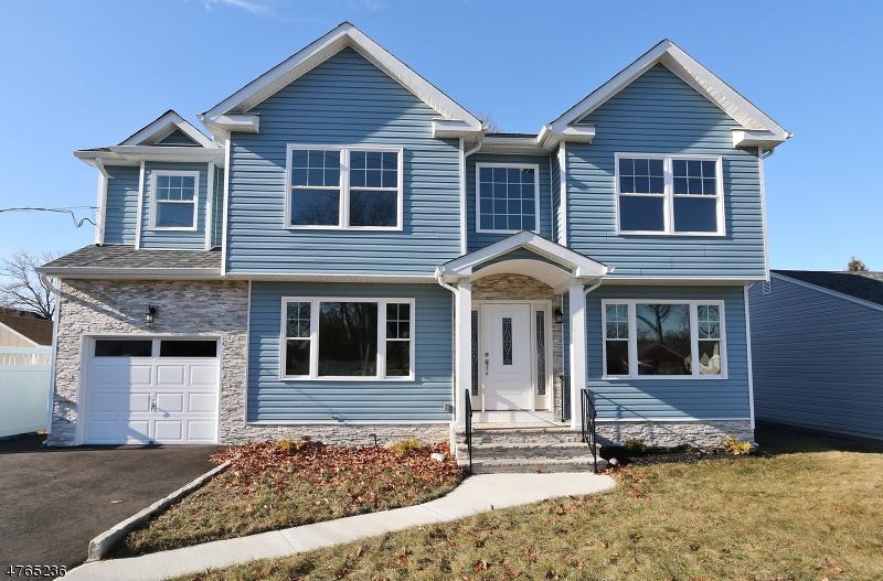 独户住宅 为 销售 在 14 N 10th Street Kenilworth, 新泽西州 07033 美国