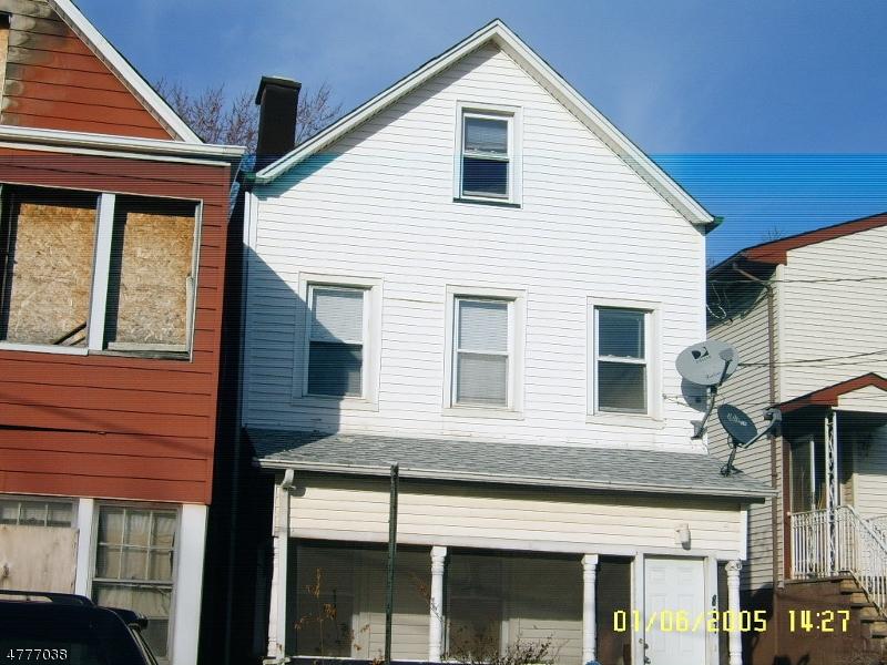 Частный односемейный дом для того Аренда на 847 Rebecca Place Elizabeth, Нью-Джерси 07201 Соединенные Штаты