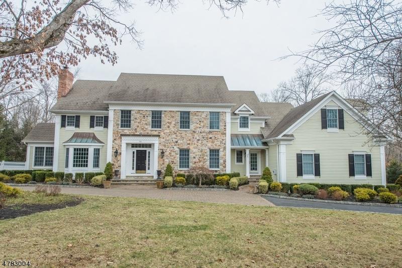 Einfamilienhaus für Verkauf beim 30 Royal Oak Drive 30 Royal Oak Drive Bernards Township, New Jersey 07931 Vereinigte Staaten