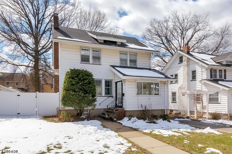 Eensgezinswoning voor Verkoop een t 260 Van Buren Avenue 260 Van Buren Avenue Teaneck, New Jersey 07666 Verenigde Staten