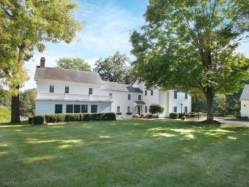 Casa Unifamiliar por un Venta en 3 Old Chester Road Peapack Gladstone, Nueva Jersey 07934 Estados Unidos