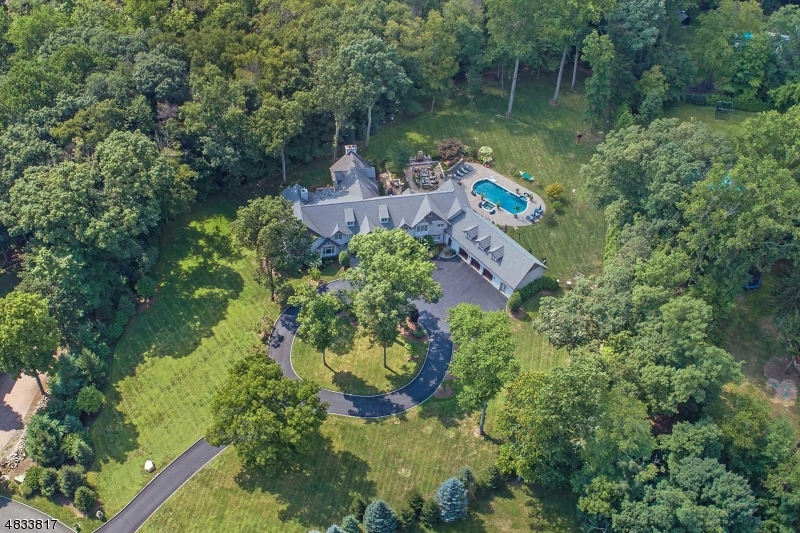 Single Family Home for Sale at 15 COBBLESTONE DR Upper Saddle River, New Jersey 07458 United States