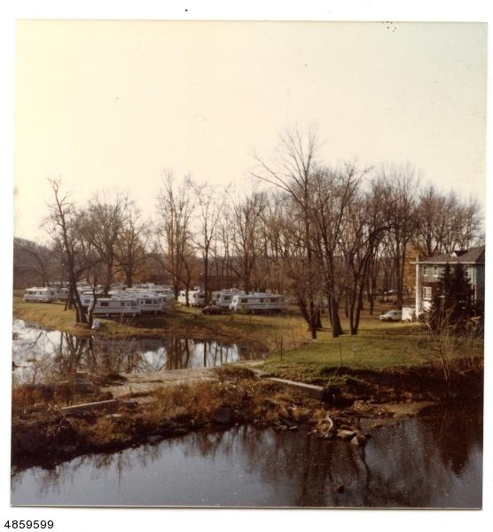 Многосемейный дом для того Продажа на 1100 COUNTY RD 523 Raritan Township, Нью-Джерси 08822 Соединенные Штаты