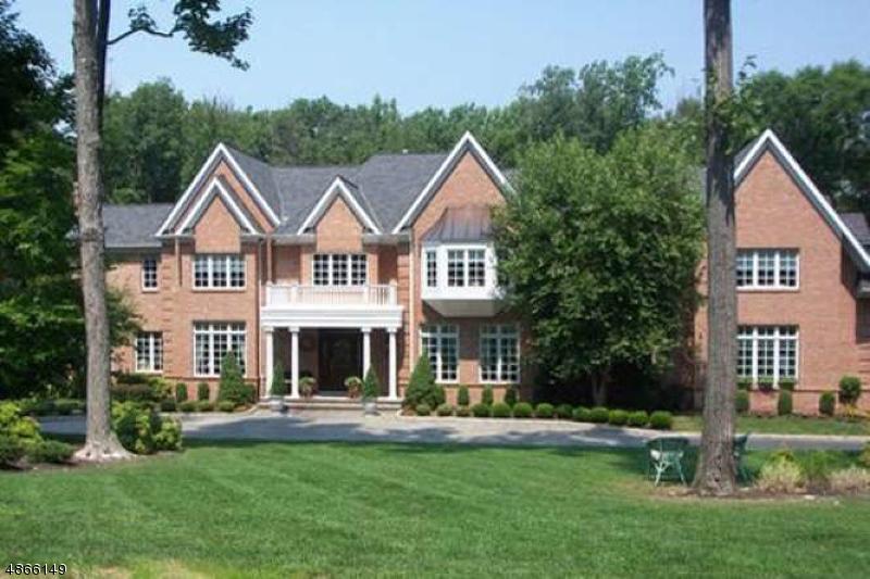 Maison unifamiliale pour l Vente à 1 WATERS EDGE Road Mendham, New Jersey 07945 États-Unis