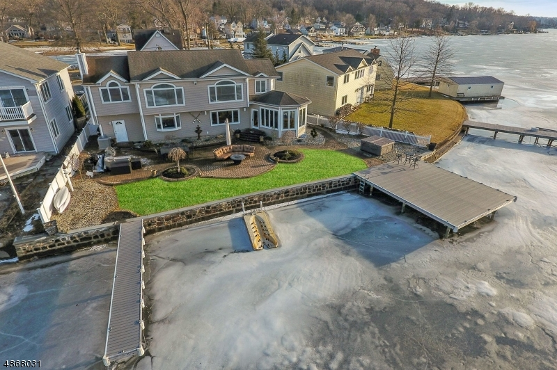 Μονοκατοικία για την Πώληση στο 36 BENEDICT Drive Jefferson Township, Νιου Τζερσεϋ 07849 Ηνωμένες Πολιτείες