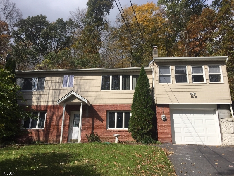 Single Family Home for Sale at 22 UNION RD 22 UNION RD Wantage Twp, New Jersey 07461 United States