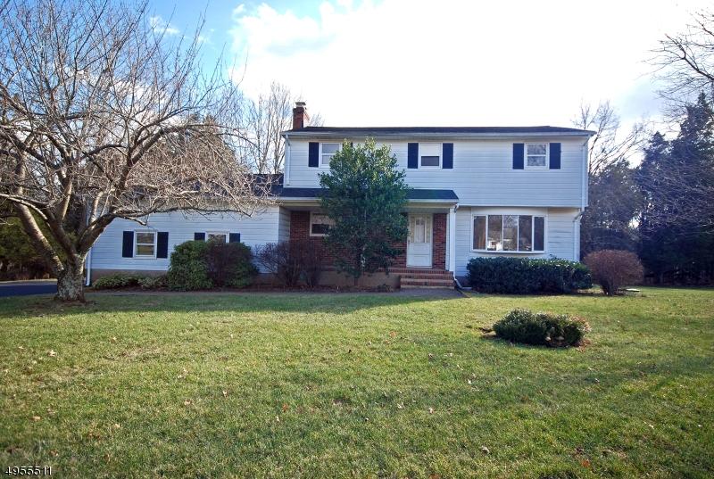 Single Family Homes için Satış at Hillsborough, New Jersey 08844 Amerika Birleşik Devletleri