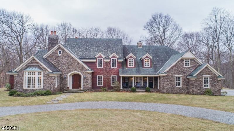 Single Family Homes vì Bán tại West Milford, New Jersey 07480 Hoa Kỳ