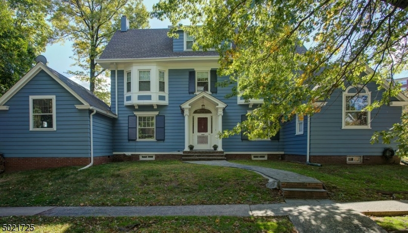 Single Family Homes pour l Vente à Glen Ridge, New Jersey 07028 États-Unis