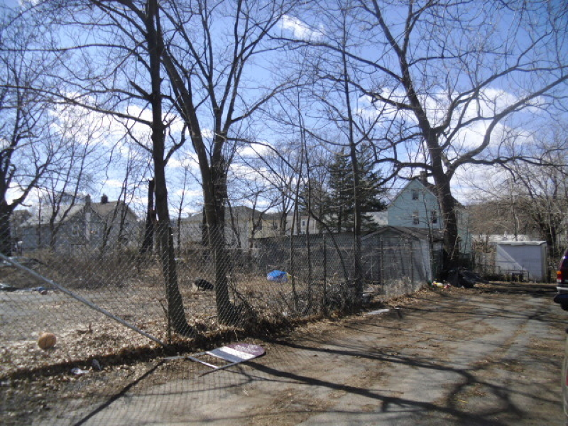 Additional photo for property listing at 7 Tremont Avenue  Orange, Нью-Джерси 07050 Соединенные Штаты