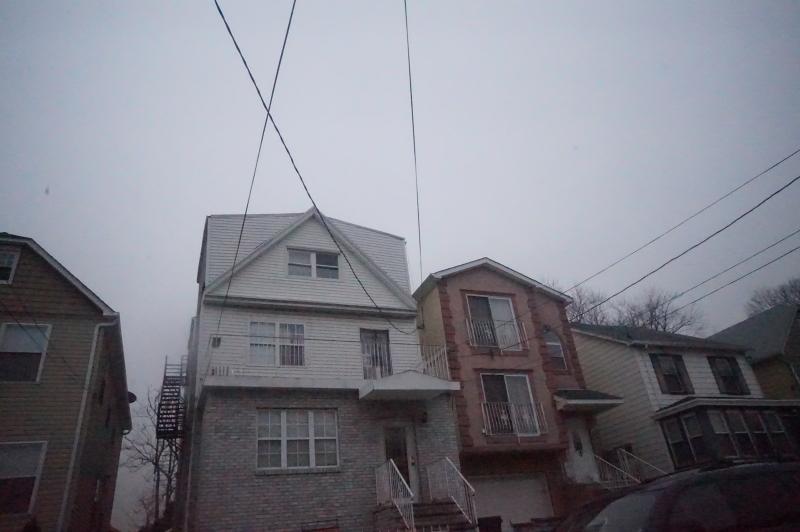 Casa Multifamiliar por un Venta en 1016 Julia Street Elizabeth, Nueva Jersey 07201 Estados Unidos