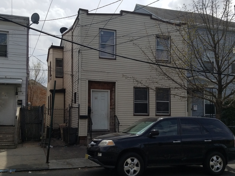 Additional photo for property listing at 122 Lafayette Street  Paterson, New Jersey 07501 United States