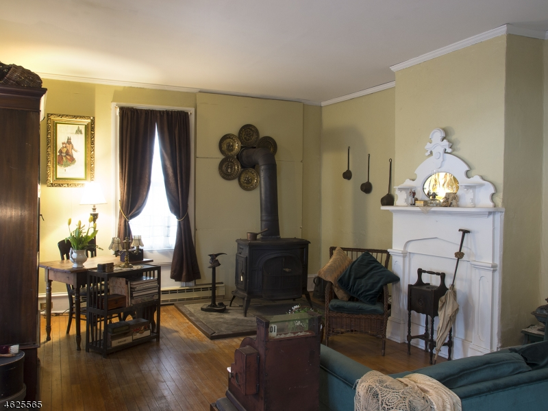 Additional photo for property listing at 186 W Cliff Street  Somerville, 新泽西州 08876 美国