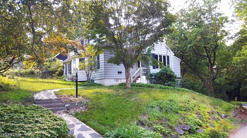 独户住宅 为 销售 在 296 Springbrook Trail 斯巴达, 新泽西州 07871 美国