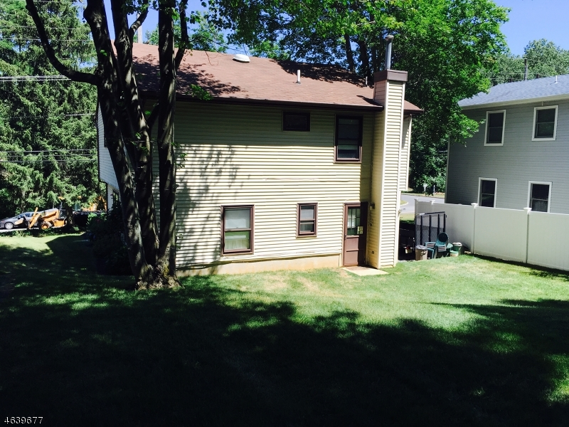 Additional photo for property listing at 347 Navesink Avenue  Atlantic Highlands, New Jersey 07716 États-Unis