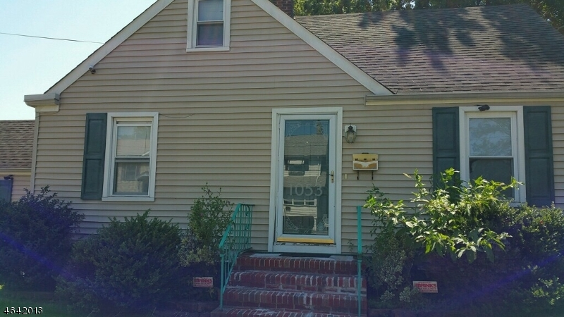 Additional photo for property listing at 1053 Madison Hill Road  Rahway, New Jersey 07065 États-Unis