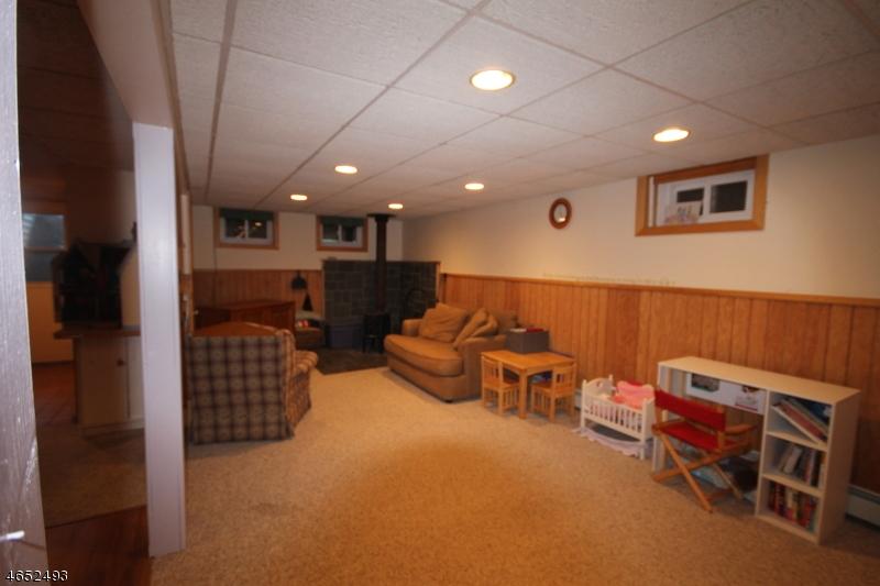 Additional photo for property listing at 20 Kimble Lane  Sparta, Нью-Джерси 07871 Соединенные Штаты