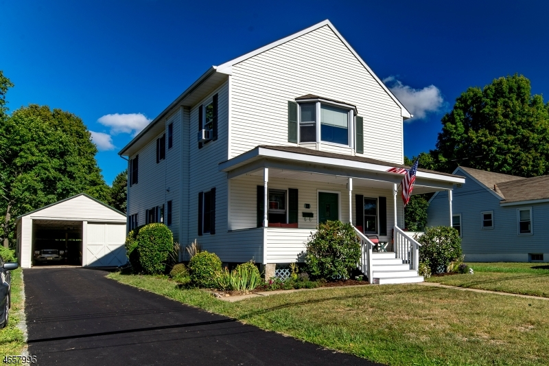 Single Family Home for Sale at 16 Hunter Street Succasunna, New Jersey 07876 United States