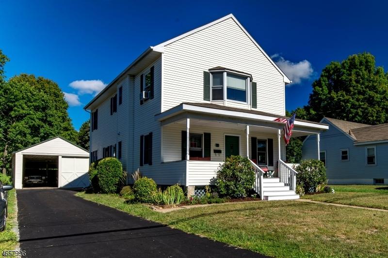 Maison unifamiliale pour l Vente à 16 Hunter Street Succasunna, New Jersey 07876 États-Unis