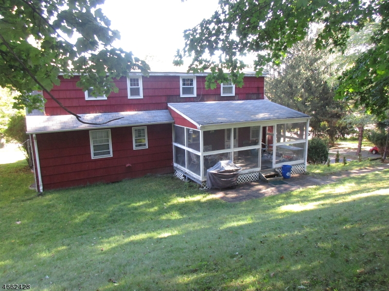 Additional photo for property listing at 216 W Hanover Avenue  Morristown, New Jersey 07960 États-Unis