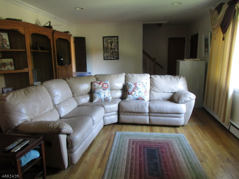 Additional photo for property listing at 216 W Hanover Avenue  Morristown, Nueva Jersey 07960 Estados Unidos