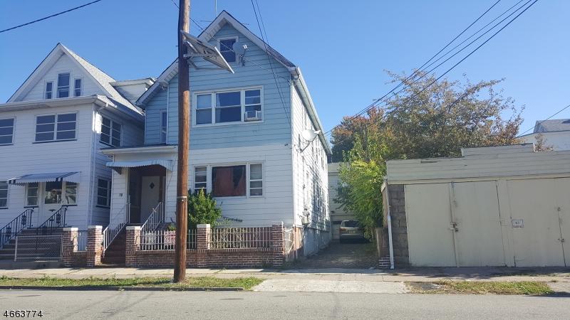 Casa Multifamiliar por un Venta en 70 Cambridge Avenue Garfield, Nueva Jersey 07026 Estados Unidos