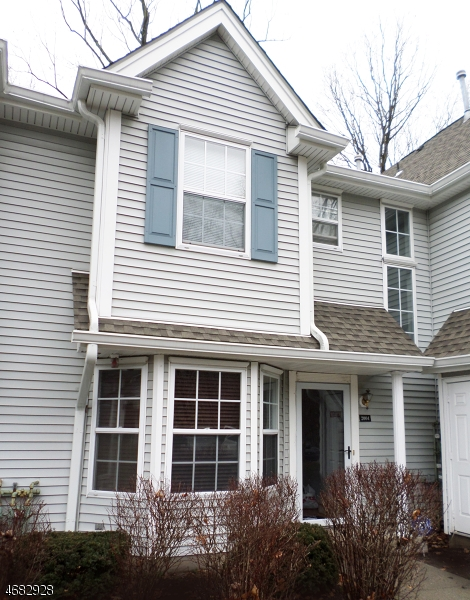 Maison unifamiliale pour l Vente à 2004 Wendover Drive Pompton Plains, New Jersey 07444 États-Unis