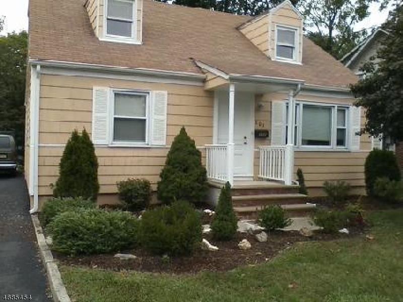 Частный односемейный дом для того Аренда на 101 W Hanover Avenue Morris Plains, Нью-Джерси 07950 Соединенные Штаты