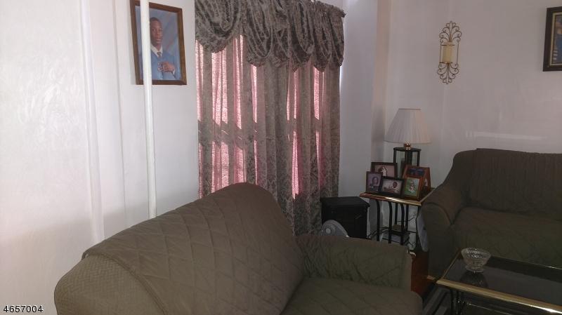 Additional photo for property listing at 65 Hobson Street  Newark, Нью-Джерси 07112 Соединенные Штаты