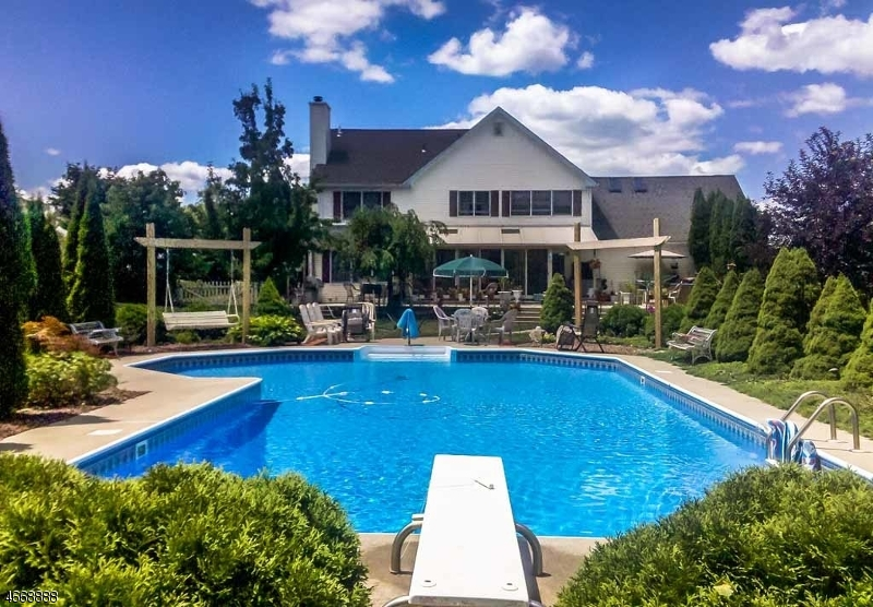 Single Family Home for Sale at 17 Endicott Drive Great Meadows, New Jersey 07838 United States
