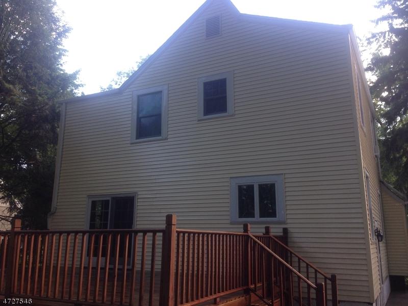 Maison unifamiliale pour l Vente à 51 Prospect Avenue Westwood, New Jersey 07675 États-Unis