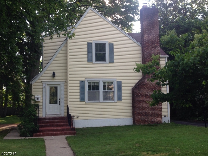 Single Family Home for Sale at 51 Prospect Avenue Westwood, New Jersey 07675 United States