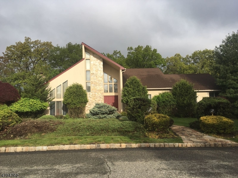 Single Family Home for Sale at 180 Eileen Drive Cedar Grove, New Jersey 07009 United States