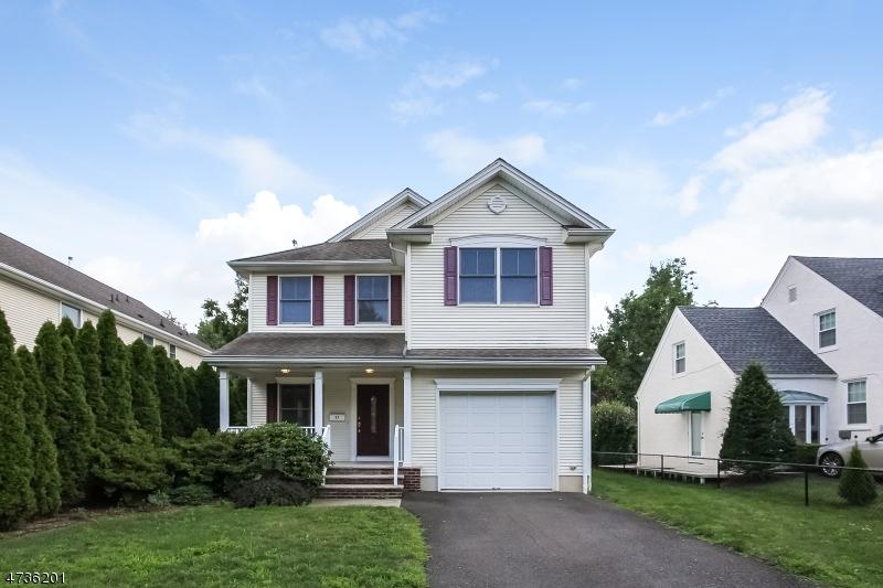 Частный односемейный дом для того Продажа на 27 E Orchard Street Somerville, 08876 Соединенные Штаты