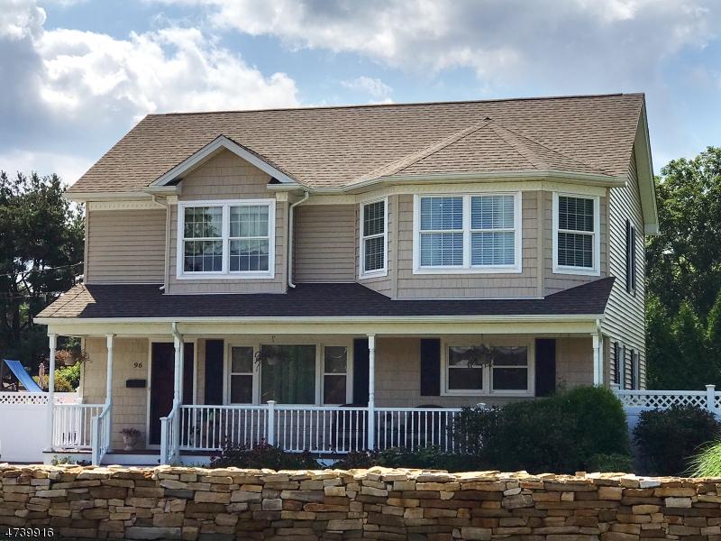 Single Family Home for Sale at 96 Newark Pompton Tpke Riverdale, 07457 United States