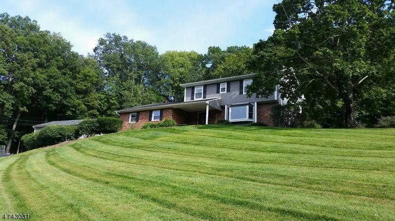 Частный односемейный дом для того Продажа на 27 Puder Road Fredon, Нью-Джерси 07860 Соединенные Штаты